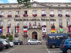 Façade de la mairie du Puy-en-Velay 43