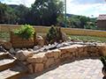 Création d'une entrée d'habitation avec des pierres